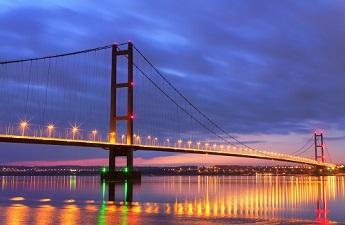 Hull-bridge